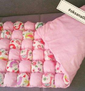 Одеялко-бонбон в кроватку для девочки