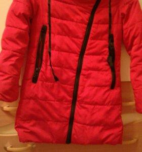 Куртка демисезонная  на девочку. Размер 146.