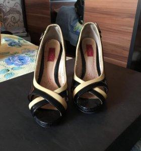 Туфли лаковые Svetski