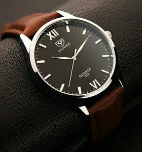 Часы YAZOLE черные