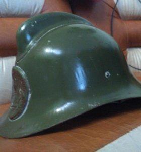 Пожарные каски 50-60х годов, противогаз