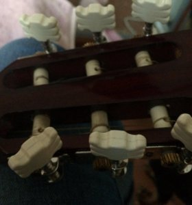 Гитара ( не пригодилась)