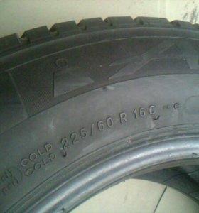 225 60 16 c.Michelin Agilis