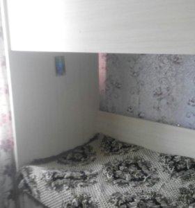 Продам 2 ярусную кровать