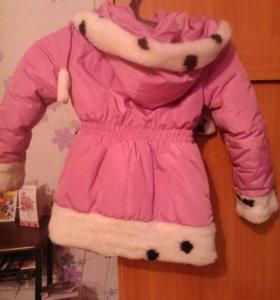 Детская куртка для девочки.на 2-4 года.