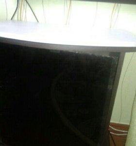 Продам тумбу под ТВ