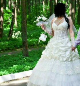 Свадебное платье,48 размера