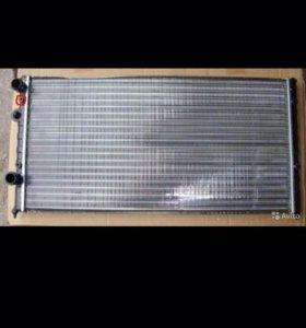 Радиатор Passat b4