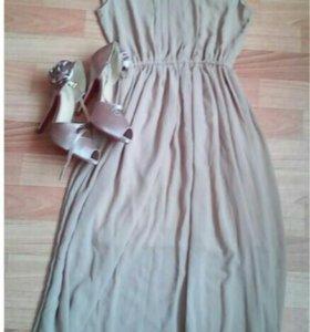 Платье и туфли .