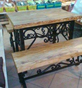 Обеденный столик и 2 скамейки к нему,