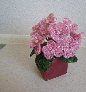 Цветы из бисера фиалка подарок интерьер