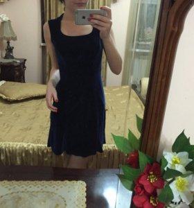 Платье синее из бархата