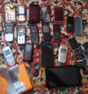 Телефоны на запчасти или восстановления