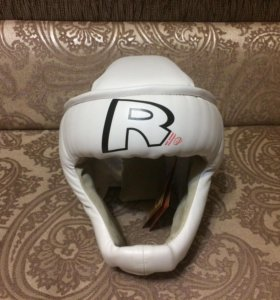 Шлем для бокса новый