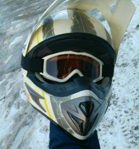Мотокроссовый шлем