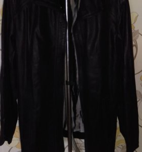 Новая кожаная куртка р.52