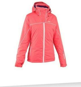 Новая женская лыжная куртка