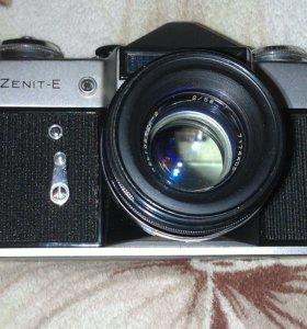 Фотоаппарат Zenit-E, плёночный.