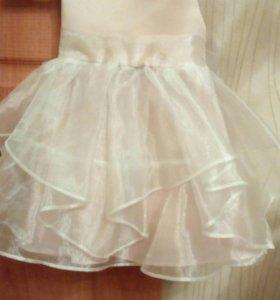 Платье праздничное, шикарное.