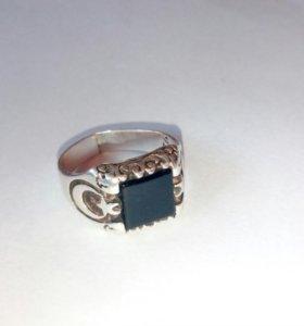 Перстень,серебро 925