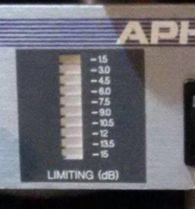 3-х полосный лиммитер APHEX Dominator 2 model 720
