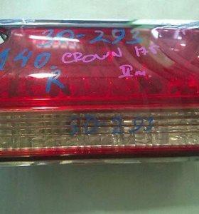 30-293 стоп сигнал Toyota Crown 171