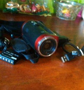 """Portable Video Camera 720p HD 16MP 16x Zoom 2.7"""""""