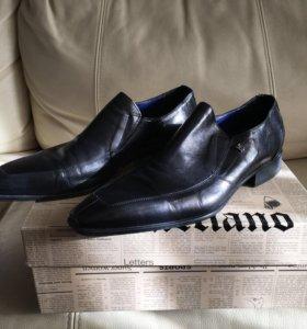 Ботинки известного бренда оригинал!