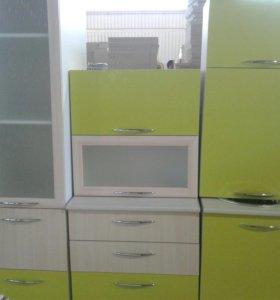 Кухонный гарнитур 1.8 м с пеналом или полупеналом