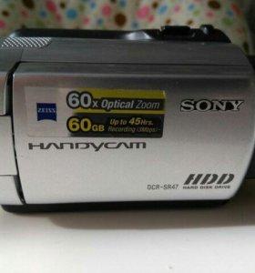 Видеокамера Sony DCR-SR47E