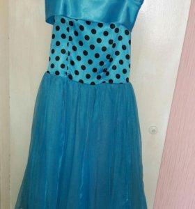 Платье на 7-8 лет