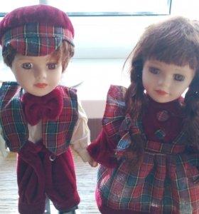 Сувенирные фарфоровые куклы
