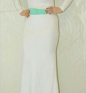 Платье в макси шикарное