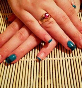 Наращиваниe ногтeй