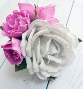 Резинка с цветами из фоамирана