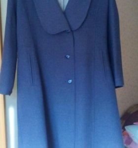 Пальто демисезоное размер 52-54