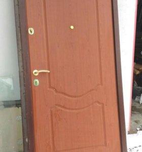 Сейф-дверь металлическая