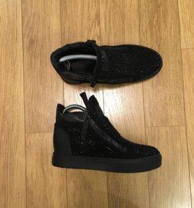 Ботинки женские, демисезон