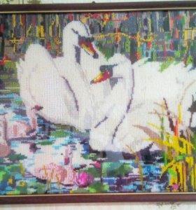"""Картина бисером """"лебеди"""""""