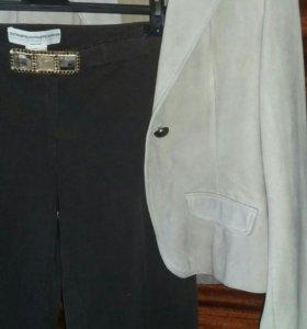 Брючный костюм- (пиджак замшевый)
