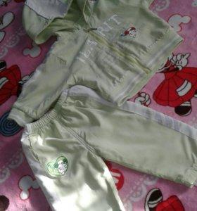 Костюм:курточка и штанишки на девочку