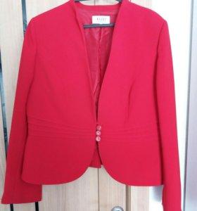Пиджак женский 50-52 размера