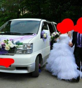 Продам наикрасивейшее свадебное платье.