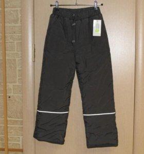 Новые брюки р-р 122