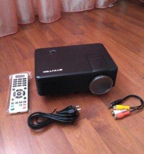 Мини LED проектор Byintek BT905