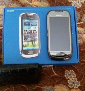 Nokia C 7