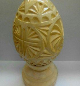 Яйцо ручной работы