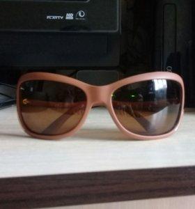 Солнечные очки. Скидка первому написавшему