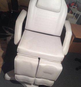 Универсальное кресло: для массажа, педикюра и тд