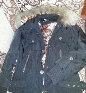 Черная куртка размер М